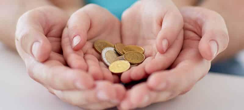 Kaip išmokyti vaiką taupyti?