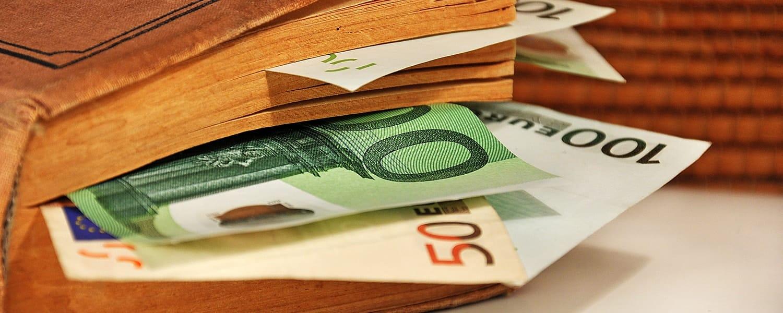 geld-zuhause-aufbewahren-min
