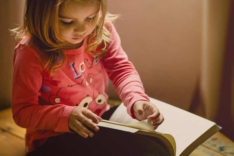 Kā iemācīt bērnam taupīt