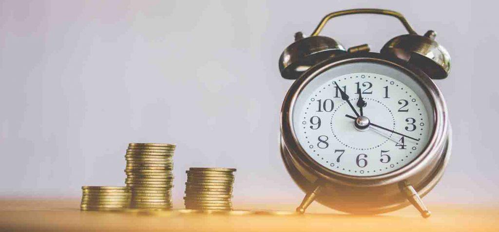 годинник та монети