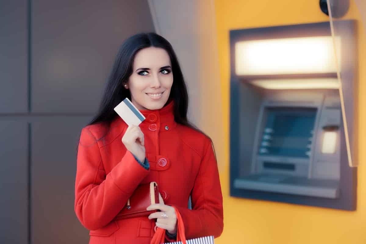 кредитная карта с беспроцентным снятием наличных без комиссии