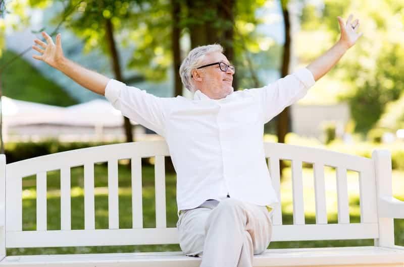 пенсионер в парка