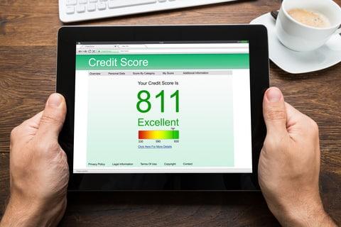 Cara Memperbaiki Skor Kredit Buruk