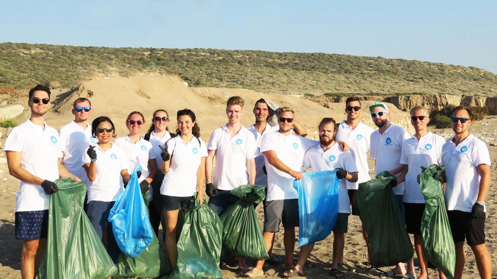 financer - aksi bersih pantai siprus 2019