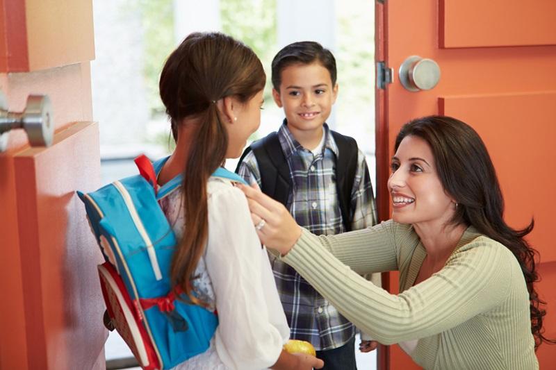 7 lihtsat nippi, kuidas laps kooli saata rahakotisõbralikult
